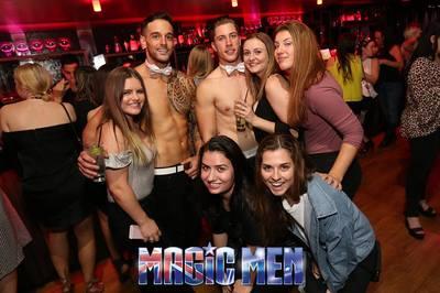 strip club in helsinki naisen tyydytys