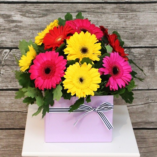Cbd florist cbd florist has a wide range of flowers and gifts for new baby boy and baby girl cbd florist provide delivery service to most hospital in melbourne negle Choice Image